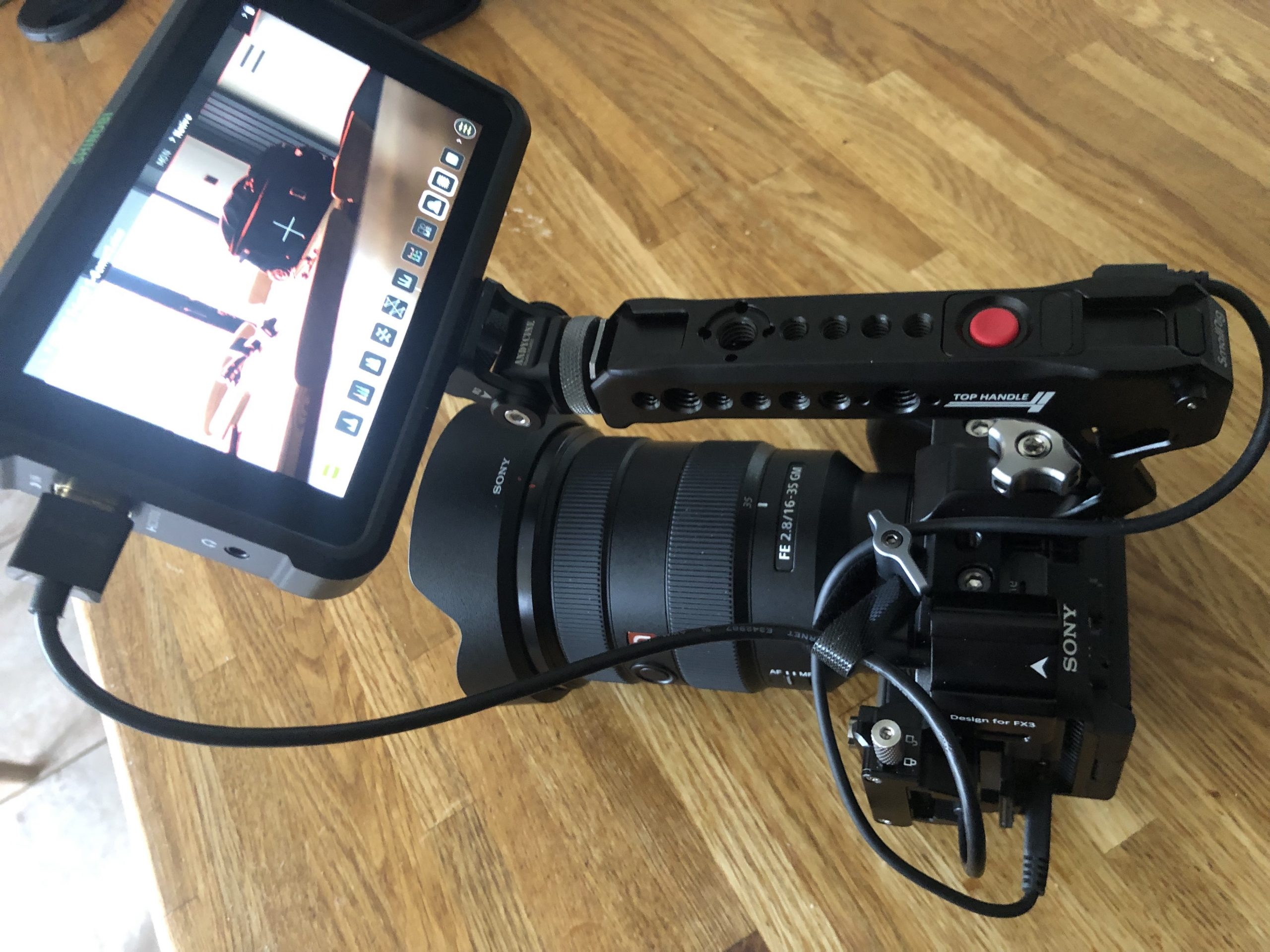 Sony FX3 with SmallRig top handle